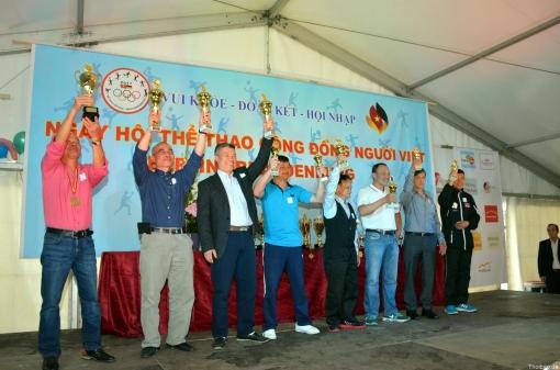 CLB Bóng Bàn tham gia ngày hội thể thao cộng đồng Berlin 2017
